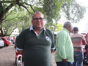 Presidente do Sinpolpi denunciou condições precárias em distritos (Foto: Catarina Costa / G1)
