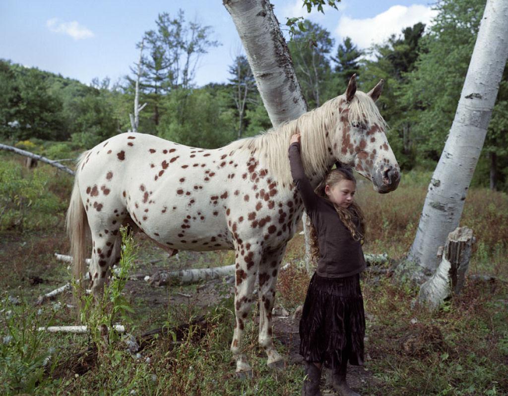 O Mundo de Amelia - A menina que cresceu com os animais e os considera seus irmãos 15