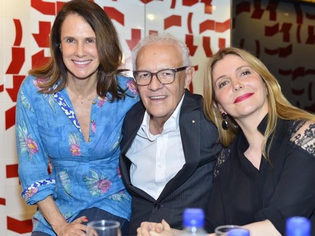 Xuxa Lopes, Ney Latorraca e Maria Padilha participam de leitura no Rio (Foto: André Muzell/ Ag. News)