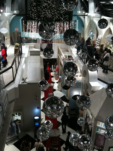 Inside the Limelight (Mall)