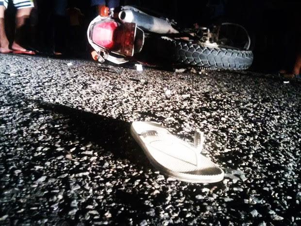 Acidente envolveu três motocicletas; quatro pessoas morreram  (Foto: Toni Martins)