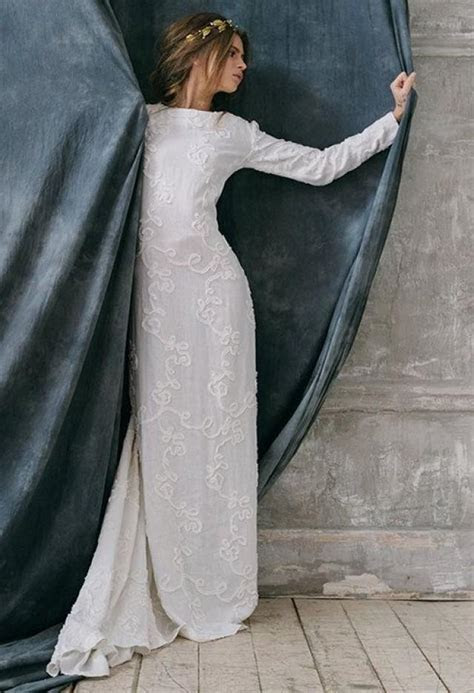 Razia Bohemian Rustic Wedding Dress Of Natural Fabric