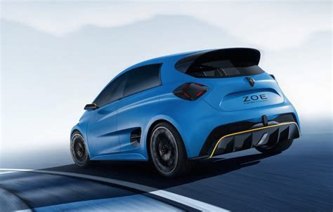 Renault ZOE e sport concept does 0 100km/h in 3.2sec   PerformanceDrive
