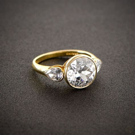 English Vintage Style Engagement Ring   Gold set, Pear and