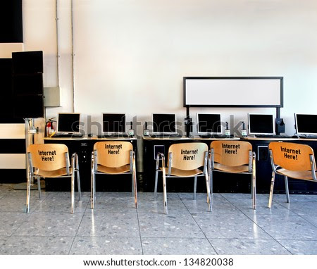 Internet-cafe Stock Images, Royalty-Free Images & Vectors ...