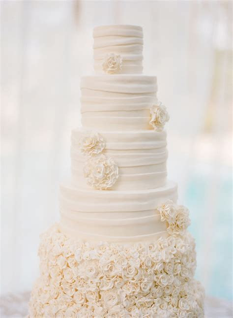 Lulu's Event Design Top Ten All White Wedding Cakes