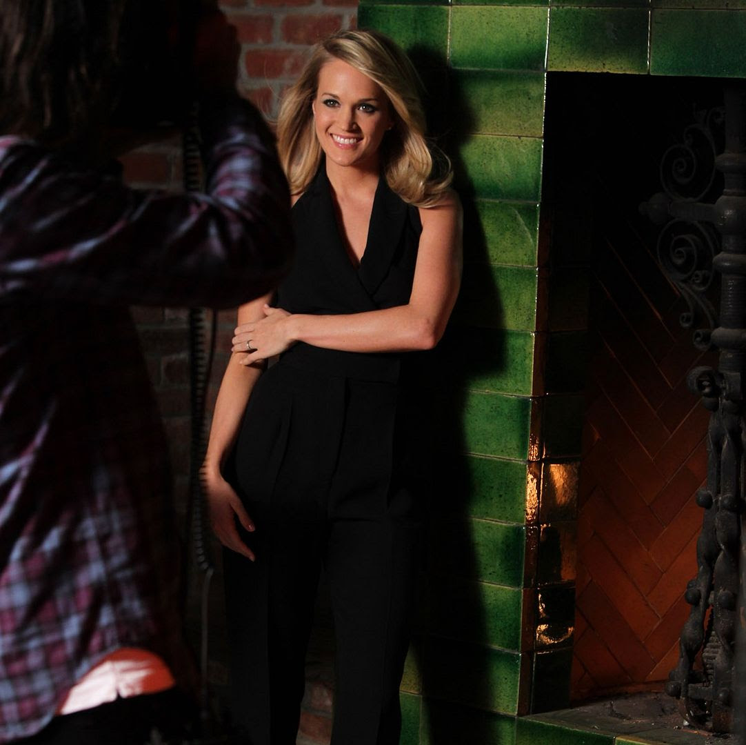 Carrie Underwood : Almay photo Carrie-Underwood-Almay_behind-the-scenes.jpg