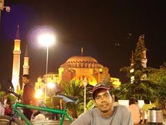 Hagia Sofia di Waktu Malam, Istanbul, Turkey