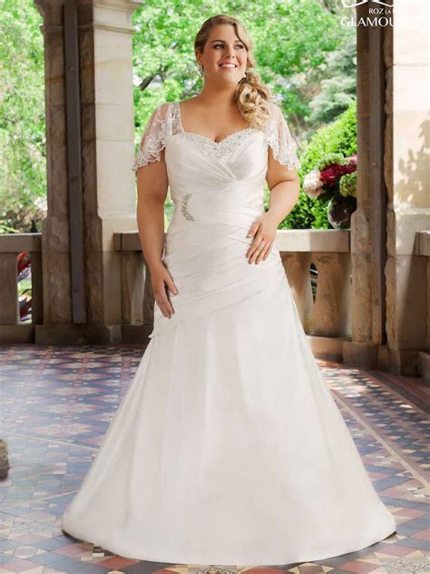 Wedding Dress Shopping Tips for Plus Size Brides   Hype