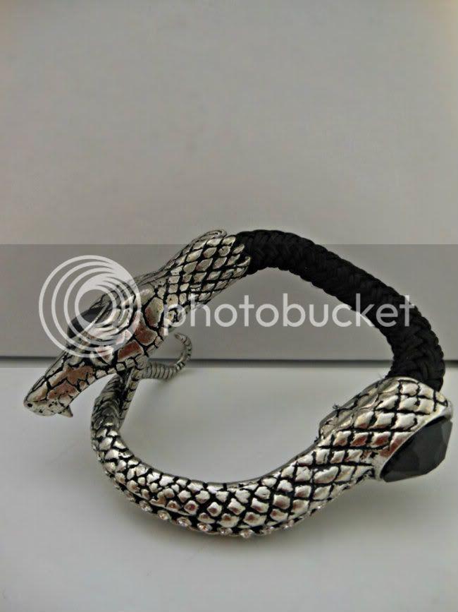 Snake bracelet edited