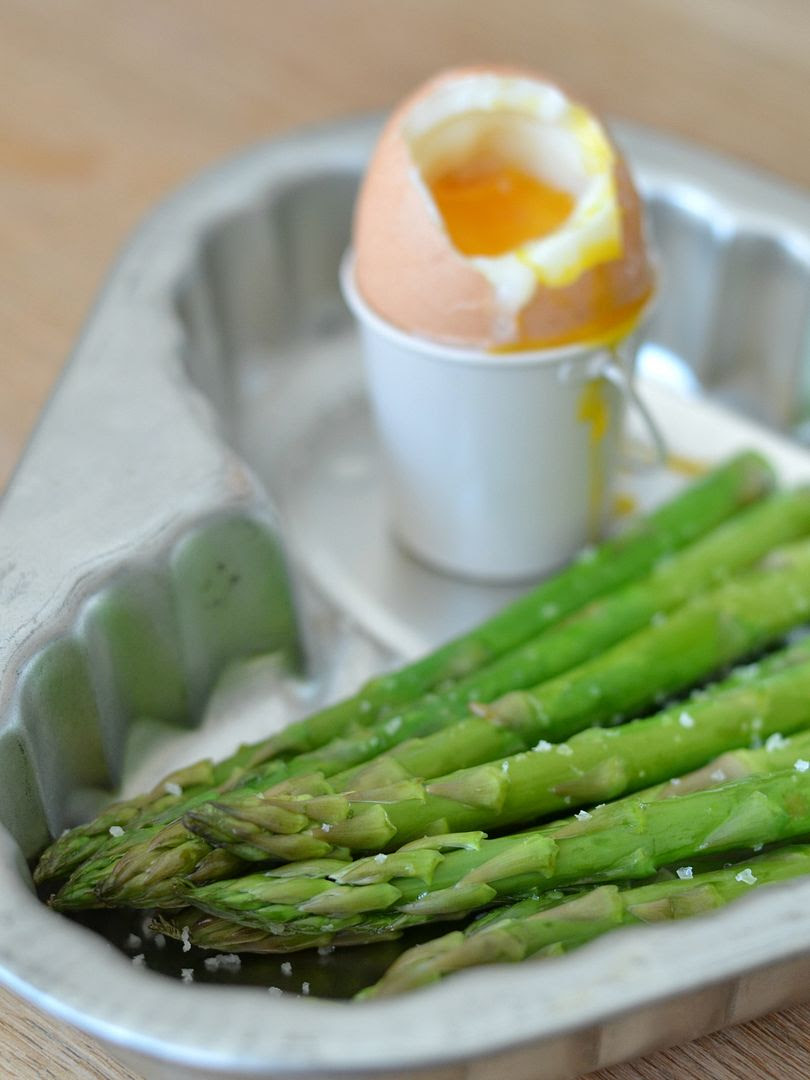 Soft Boiled Egg & Asparagus Spears