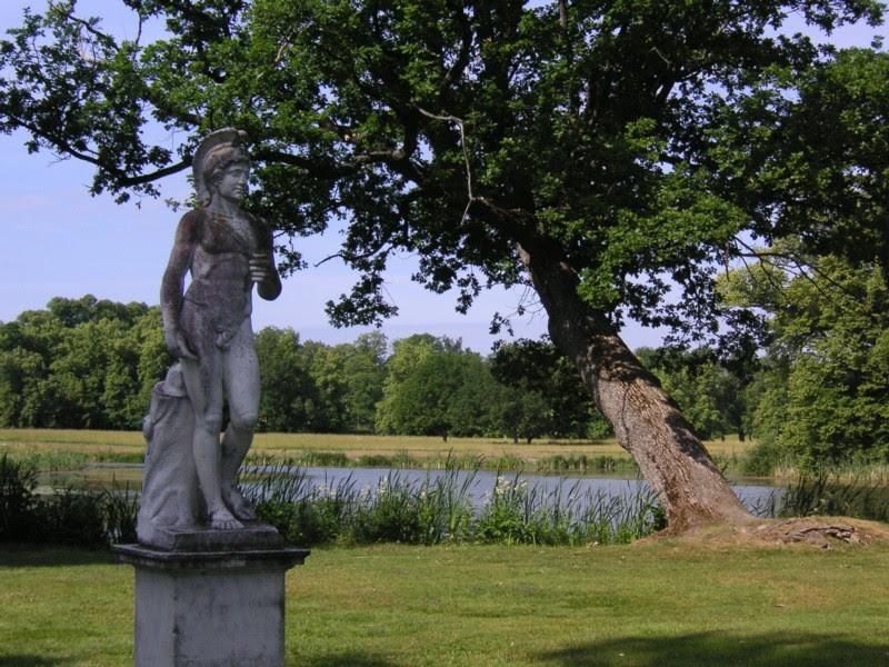 Drottningholm parken 2.jpg