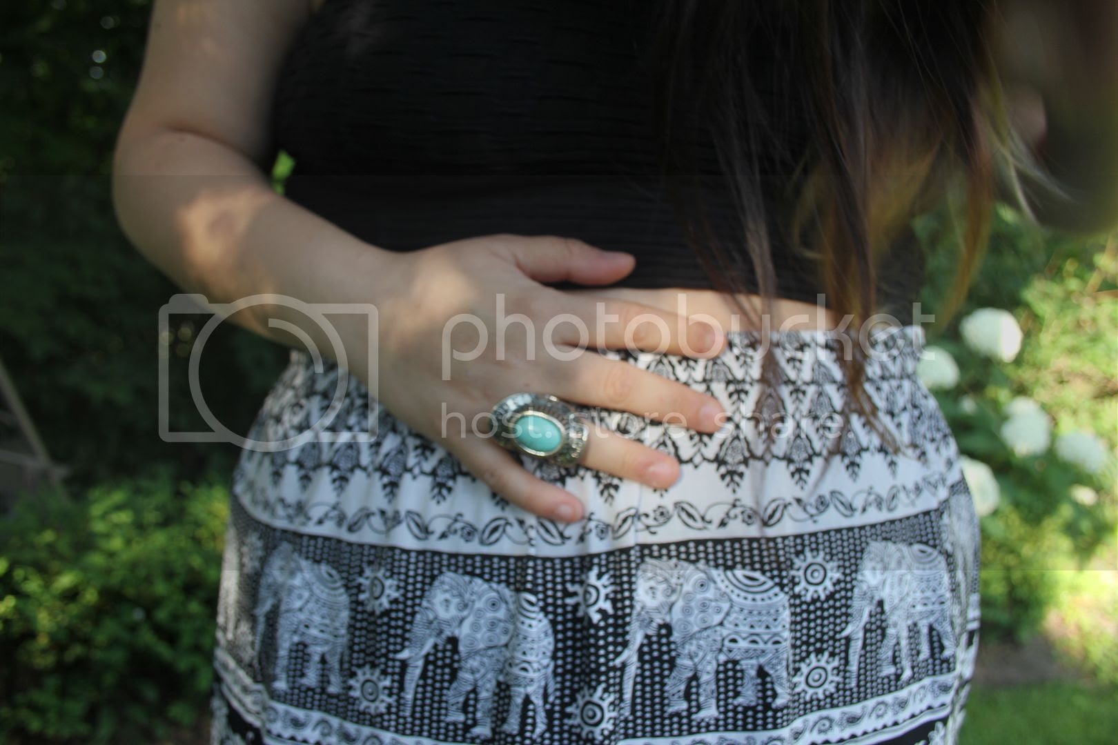 plus size fashion, plus size blogger toronto canada, fashion, plus size tribal maxi skirt, plus size crop top, plus size cutout back top