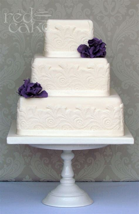 Best 25  Ivory square wedding cakes ideas on Pinterest