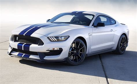 ford shelby gtr mustang  pace   gt