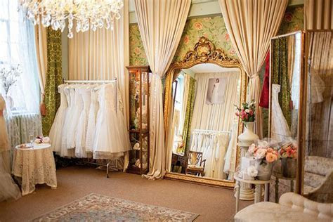 The Ultimate Guide to the Best Wedding Dress Shops in