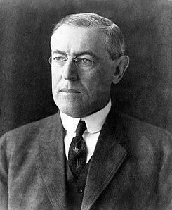 http://upload.wikimedia.org/wikipedia/commons/thumb/2/2d/President_Woodrow_Wilson_portrait_December_2_1912.jpg/245px-President_Woodrow_Wilson_portrait_December_2_1912.jpg