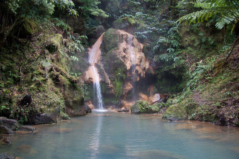 perierga.gr - 10 υπέροχα φυσικά σημεία για κολύμπι στον κόσμο