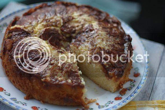 Moist apple cake 5