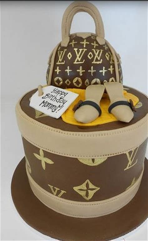 Tall round Louis Vuitton purse cake picture