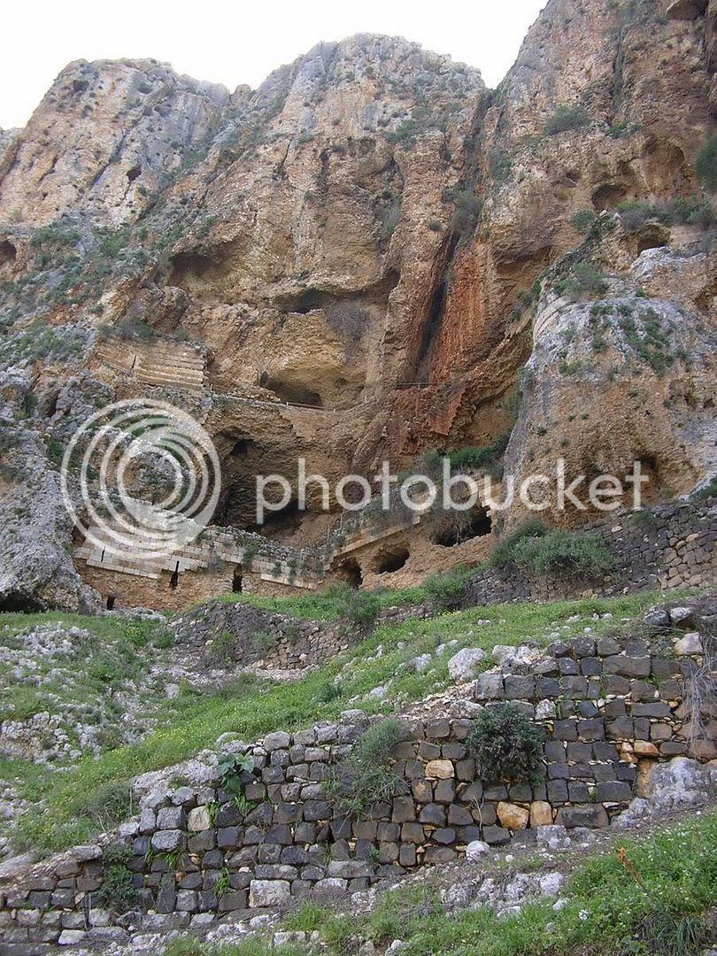 מצודת המערות בהר ארבל