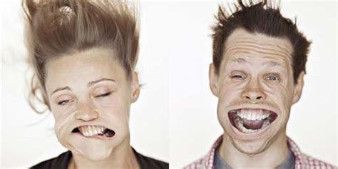 foto kumpulan gambar lucu ekspresi wajah ketika tertiup