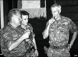 Mladic en Karremans