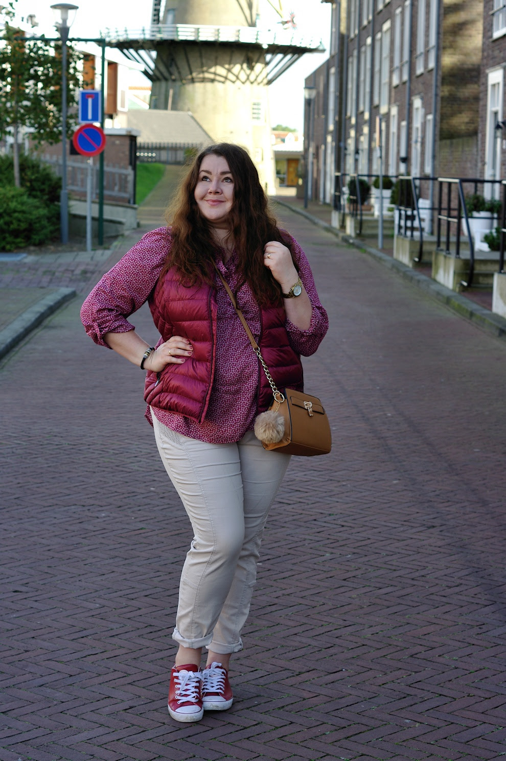 Große Größen Plus Size Fashion Blog Ernstings family red down vest