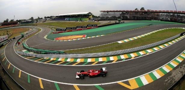 Cidade de São Paulo continuará sendo sede do GP do Brasil, afirmou Bernie Ecclestone