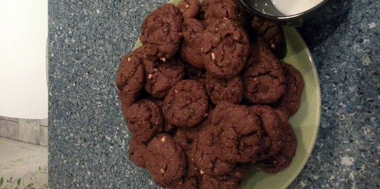 Easiest Way to Prepare Perfect Vegan Peanut Butter & Chocolate Chocolate Chip Cookies ^_^