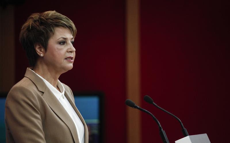 Επίδομα χειρισμού σφραγίδας για τους υπαλλήλους του δημοσίου ανακοίνωσε η Όλγα Γεροβασίλη