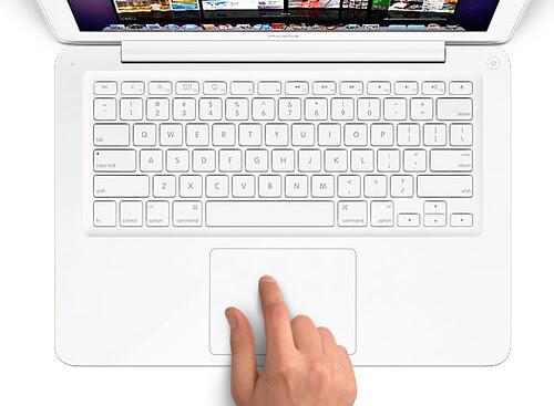 Apple Macbook 4 by louisvolant.