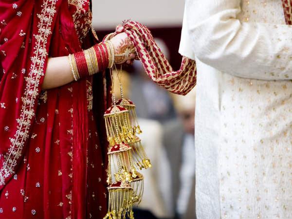 http://hindi.boldsky.com/img/2014/02/15-marriage.jpg