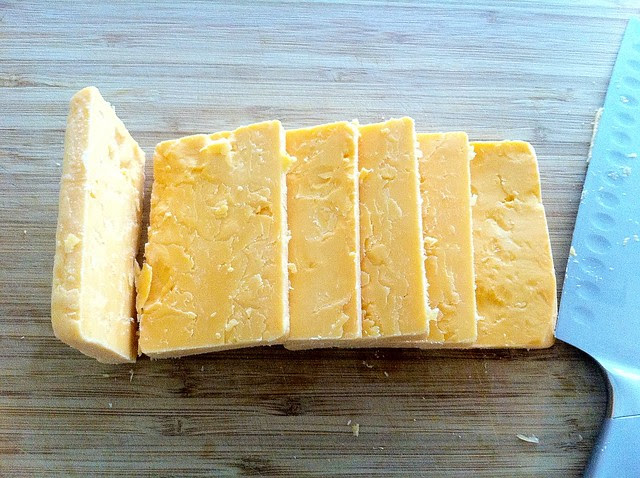 Sliced Yellow Cheddar Cheese