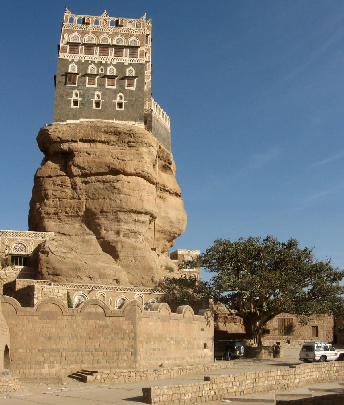 Al Hajjarah, a cidade da Idade Média com edifícios de vários andares 08