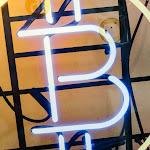 ビットコインが一時8000ドル突破-前日の上昇の流れ引き継ぐ - ブルームバーグ
