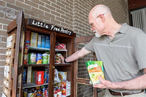 food pantry   open monday