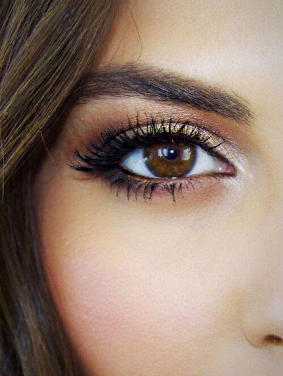 10 Amazing Makeup Looks for Brown Eyes   Styles Weekly