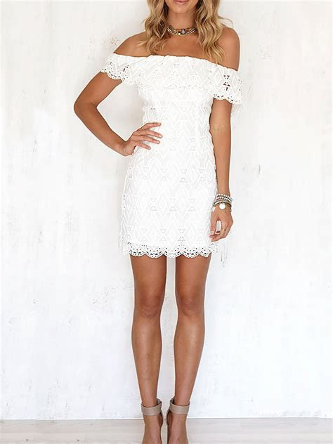 Off the shoulder White Lace Short Party Dress
