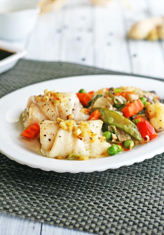 rollitos de pescado con verduras a la oriental