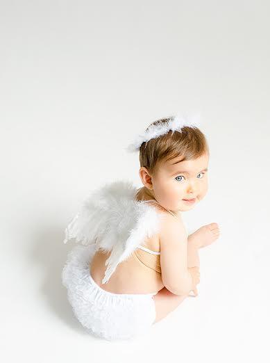 Es Tú Bebé Un Angelito El Recien Nacido