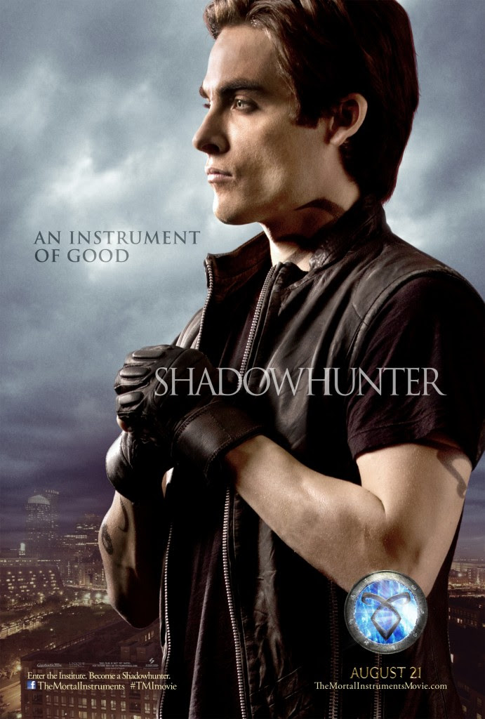 http://yabookreviewer.files.wordpress.com/2013/06/alec-lightwood.jpg