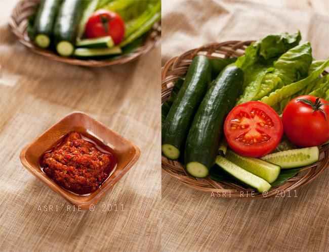 Sambal goreng / fried chilly