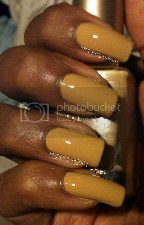 Lacquer Lockdown - Loreal The Perfect Trench, swatch