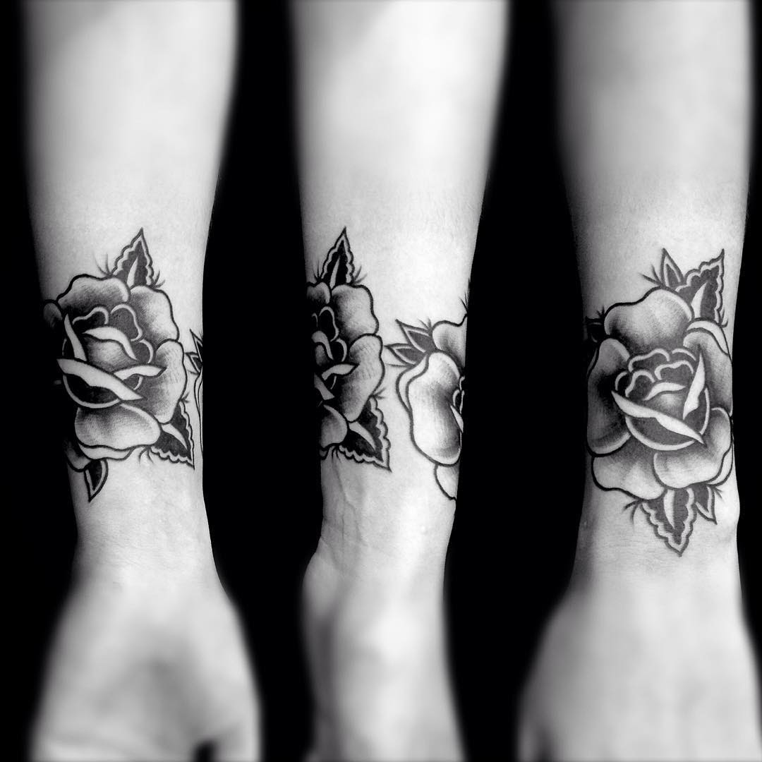 Flower Wrist Tattoos Best Tattoo Ideas Gallery