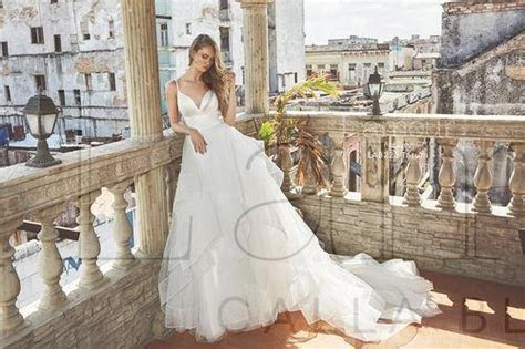 L'Amour by Calla Blanche   All Brides Beautiful