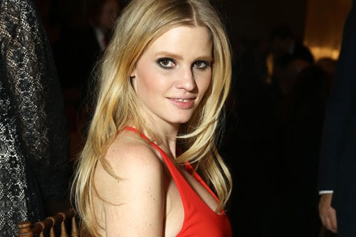 Lara Stone Top 10 Hottest Modern Lingerie Models