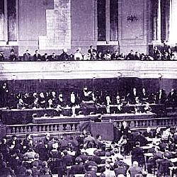 Herzl sul palco del primo Congresso Sionista