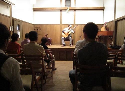 夢奏庵での演奏風景 2013年7月14日 by Poran111
