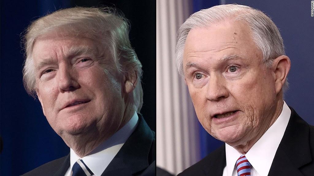טראמפ פירט עפנטליכע קאמפיין קעגן זיין אייגענע אטוירני דשענעראל